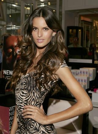 Bilden ?http://fashionbubbles.files.wordpress.com/2006/08/very_sexy_makeup_3_big.jpg?w=320&h=434? kan inte visas, då den innehåller fel.
